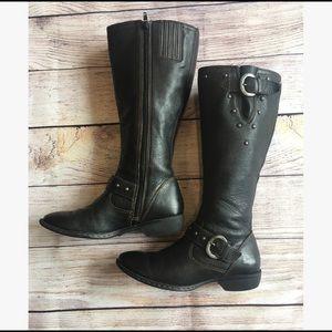 Boc - Boots